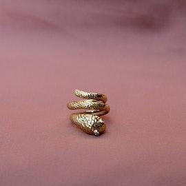 Nero snake ring