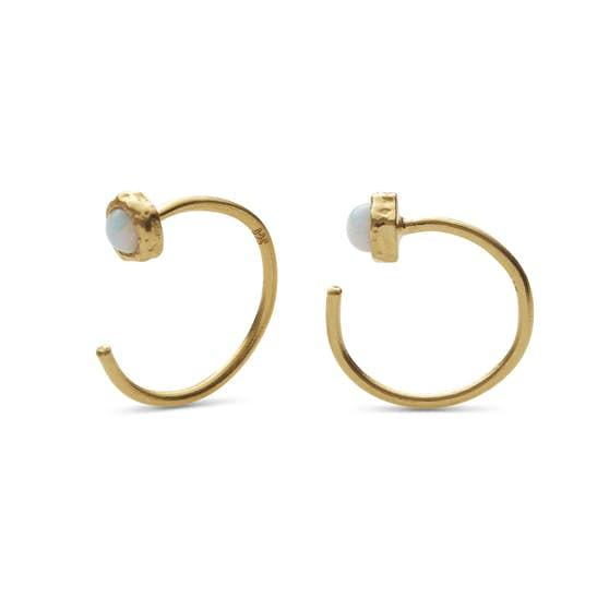 Mesa Opal earrings von Maanesten in Vergoldet-Silber Sterling 925