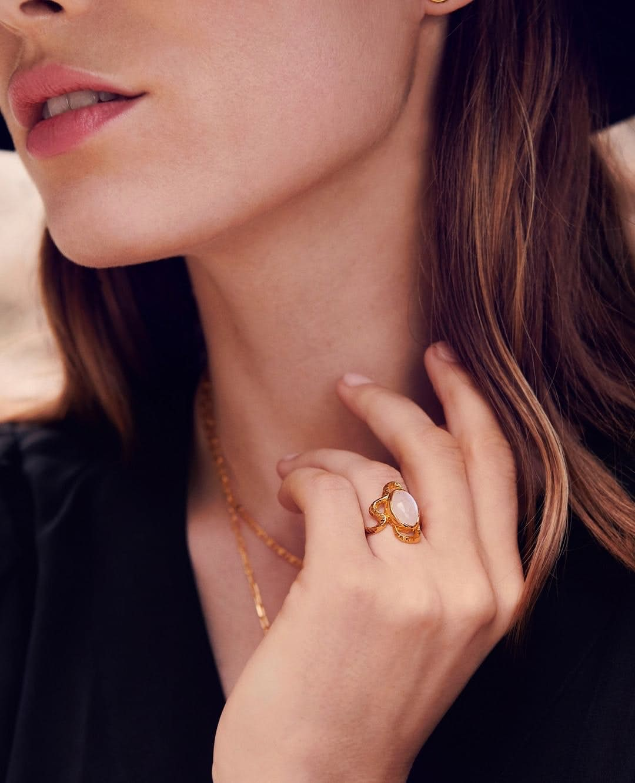 Siren ring von Maanesten in Vergoldet-Silber Sterling 925| Gehämmert,Blank