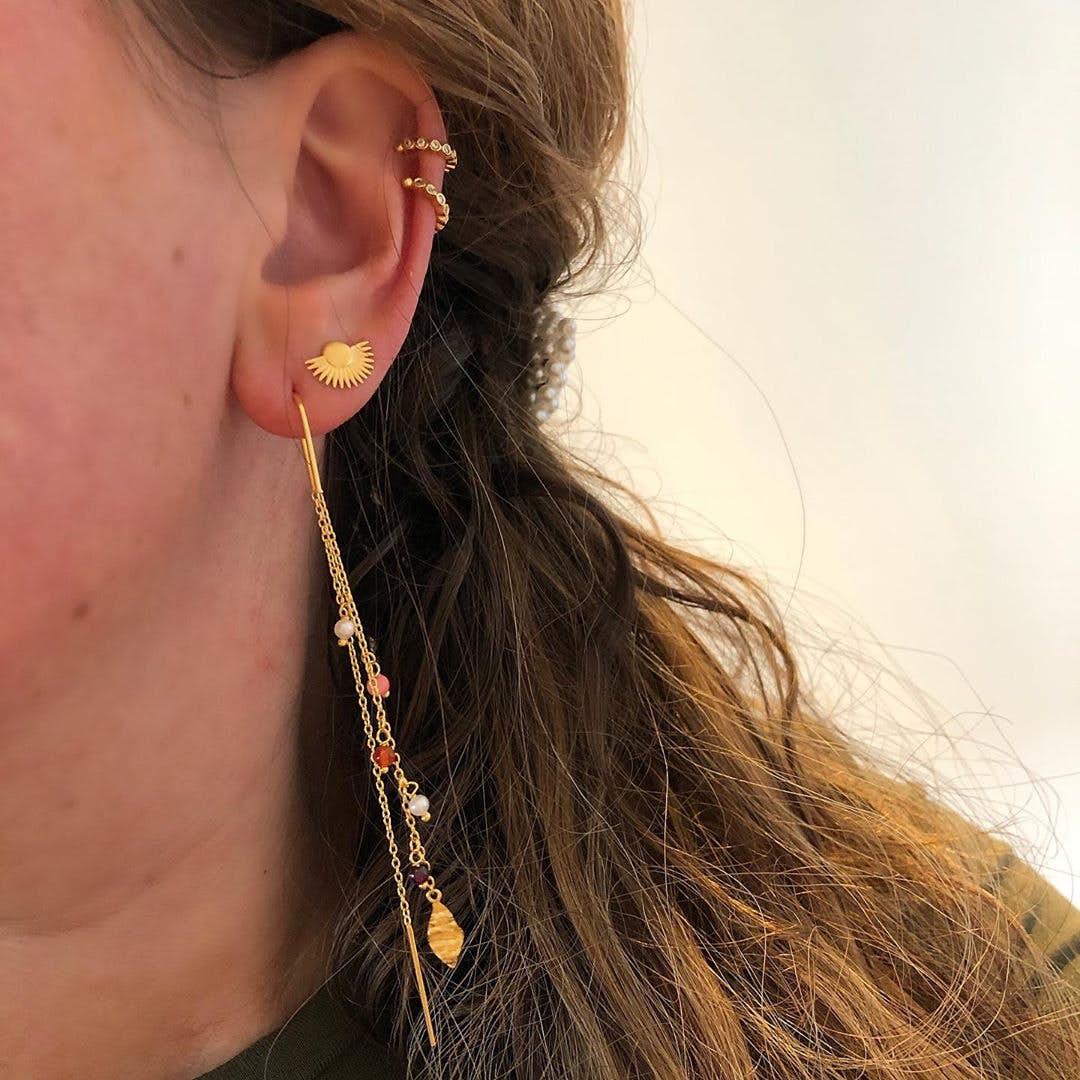 Soleil earsticks von Enamel Copenhagen in Vergoldet-Silber Sterling 925