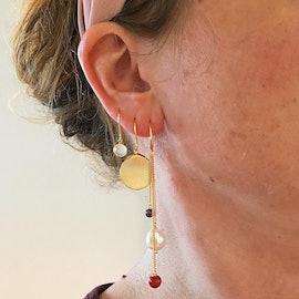 Aura Rose earhooks
