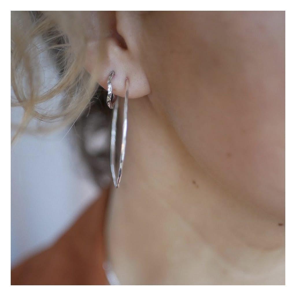 Amour hoops fra Enamel Copenhagen i Sølv Sterling 925