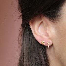 Petite Soleil earsticks fra Enamel Copenhagen i Forgylt-Sølv Sterling 925