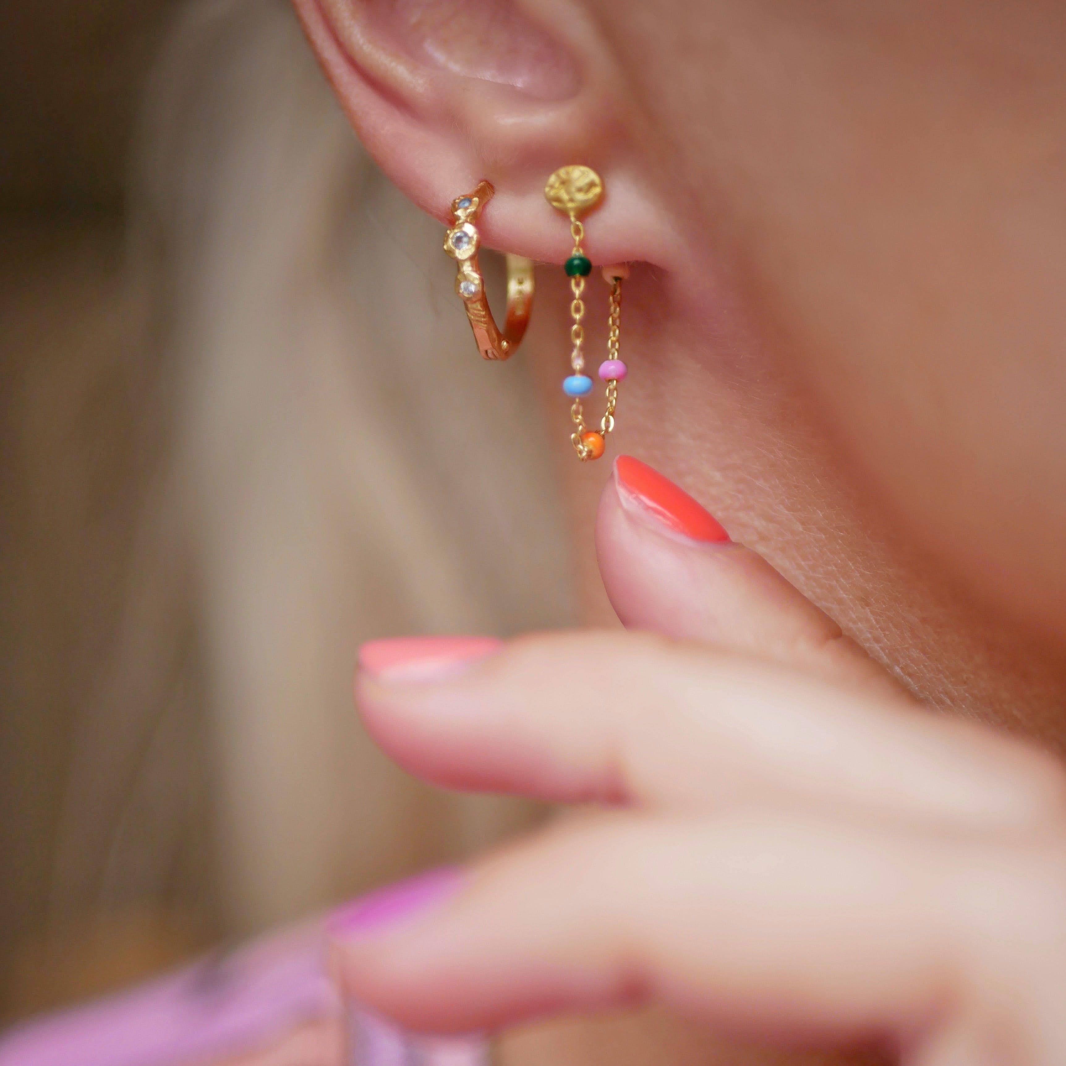 Lola Earrings Rainbow fra Enamel Copenhagen i Forgyldt-Sølv Sterling 925