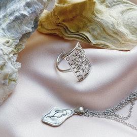 Melissa Bentsen Necklace