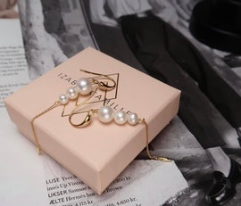 Miss Pearl earrings long White