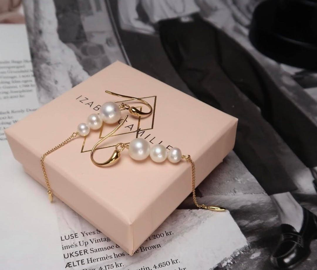Miss Pearl earrings long White from Izabel Camille in Silver Sterling 925