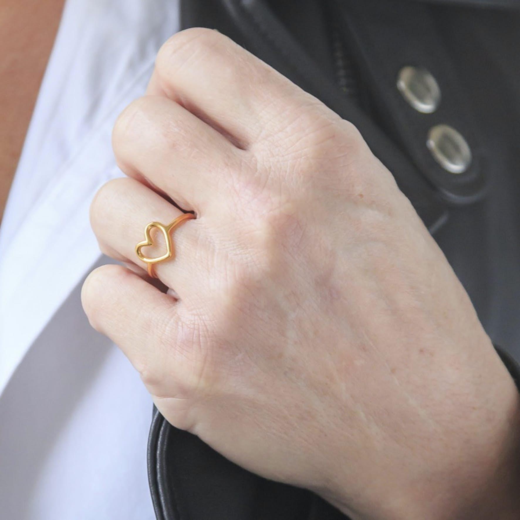 Love Charity Ring från Izabel Camille i Förgyllt-Silver Sterling 925