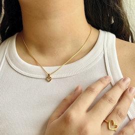 Love Charity Necklace från Izabel Camille i Förgyllt-Silver Sterling 925