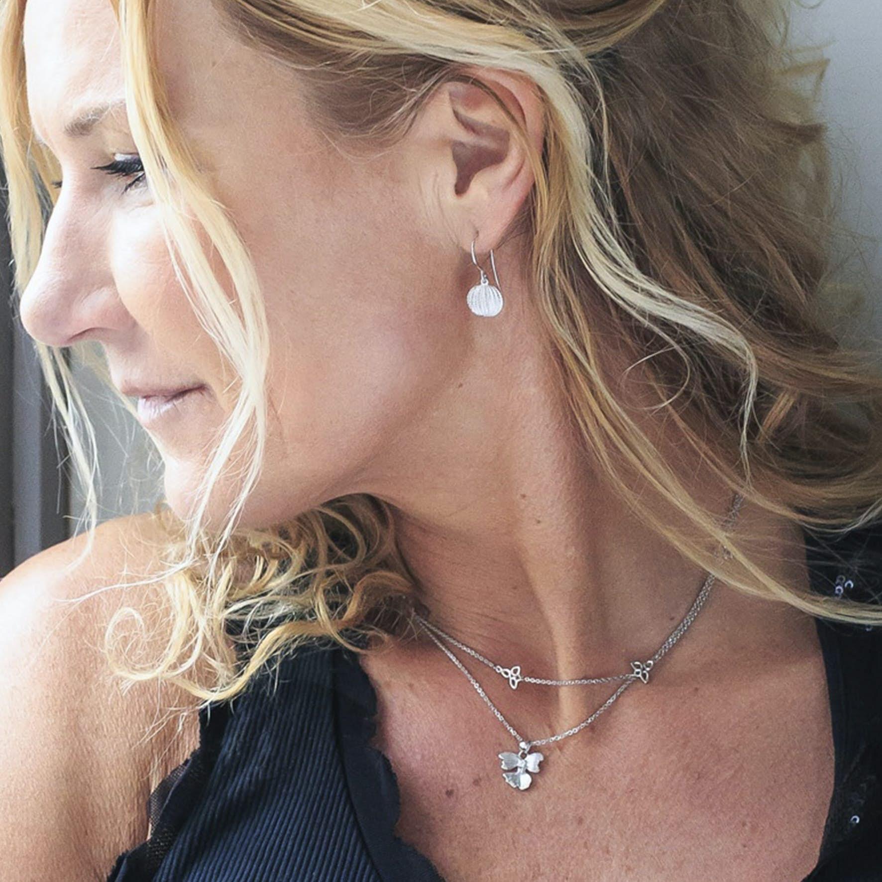 Seashell Earrings von Izabel Camille in Silber Sterling 925