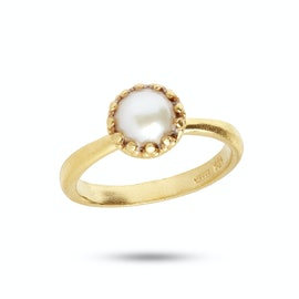Gilded Marvels Ring Pearl