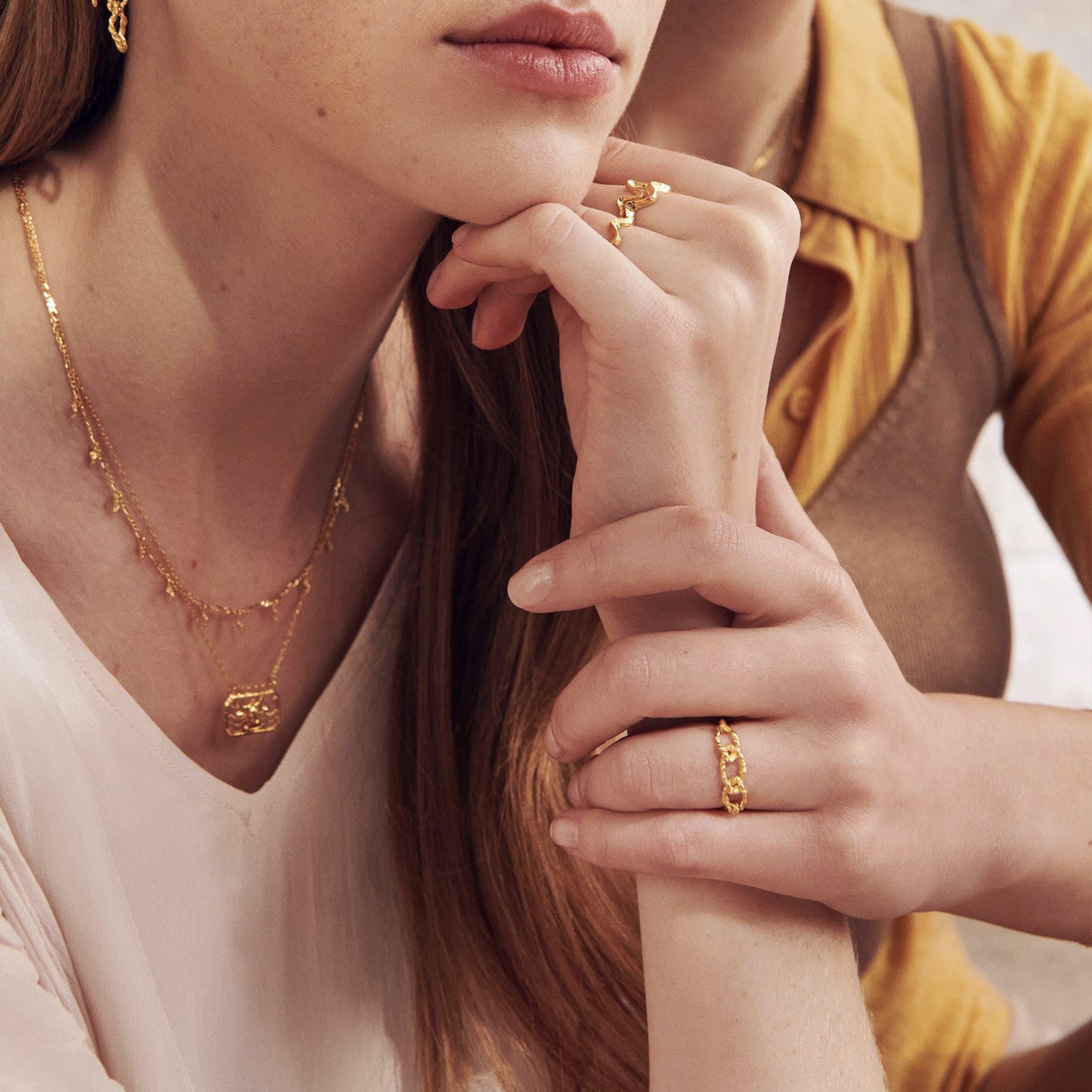 Fahima Ring fra Maanesten i Forgylt-Sølv Sterling 925