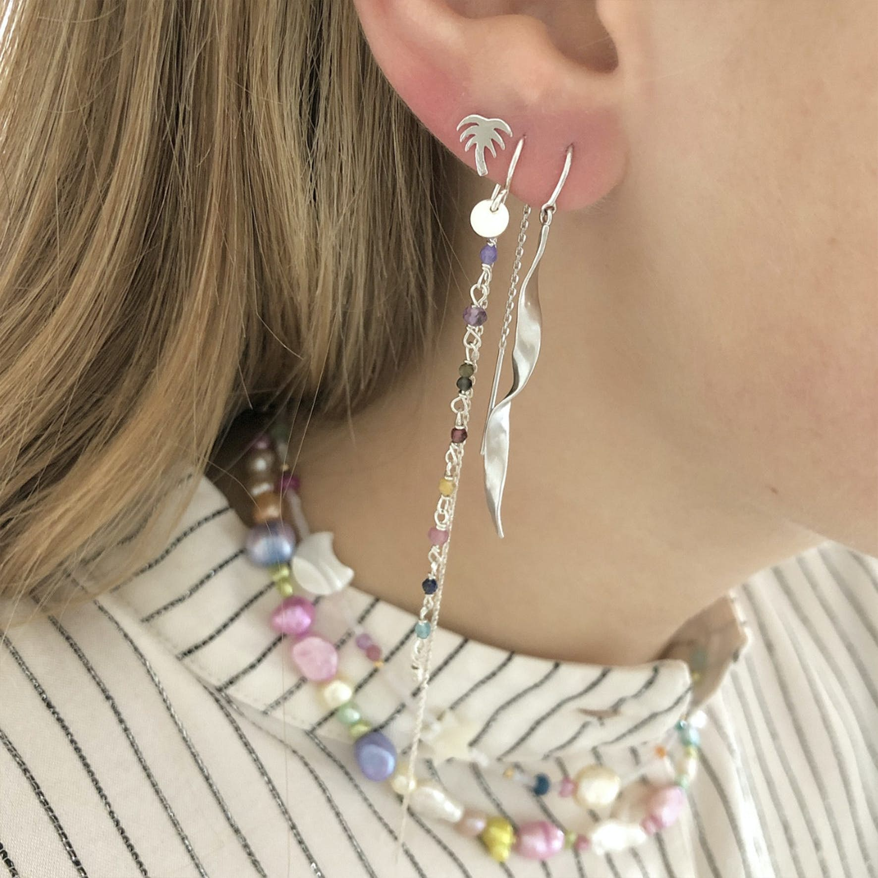 Petit Gemstones Earring With Long Chain - Berry Mix from STINE A Jewelry in Silver Sterling 925