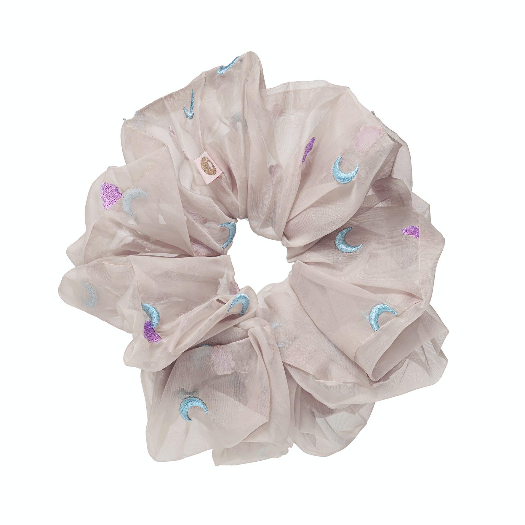 Reese Cloud Sand Scrunchie fra Maanesten i Polyester