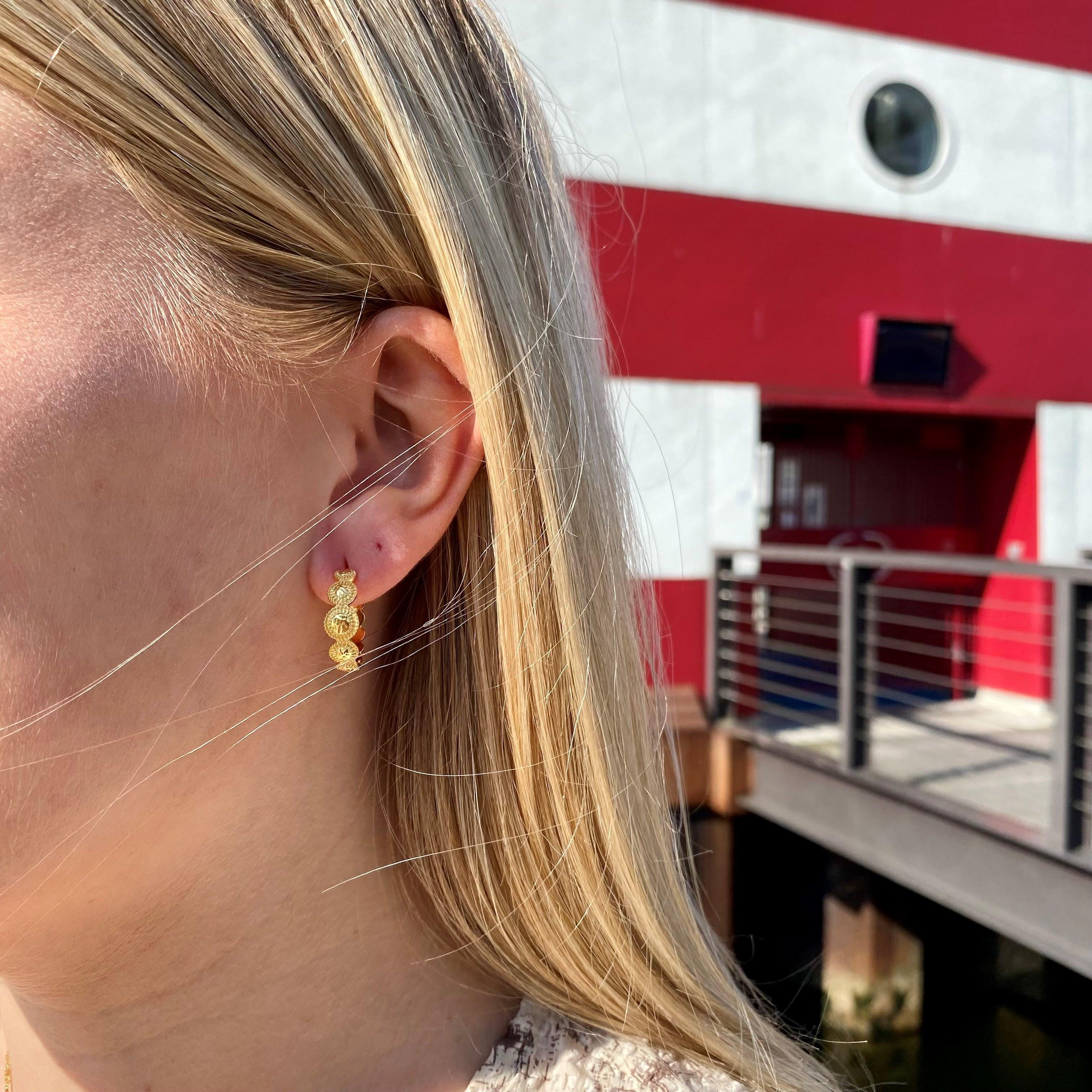 Tara Earrings von Maanesten in Vergoldet-Silber Sterling 925