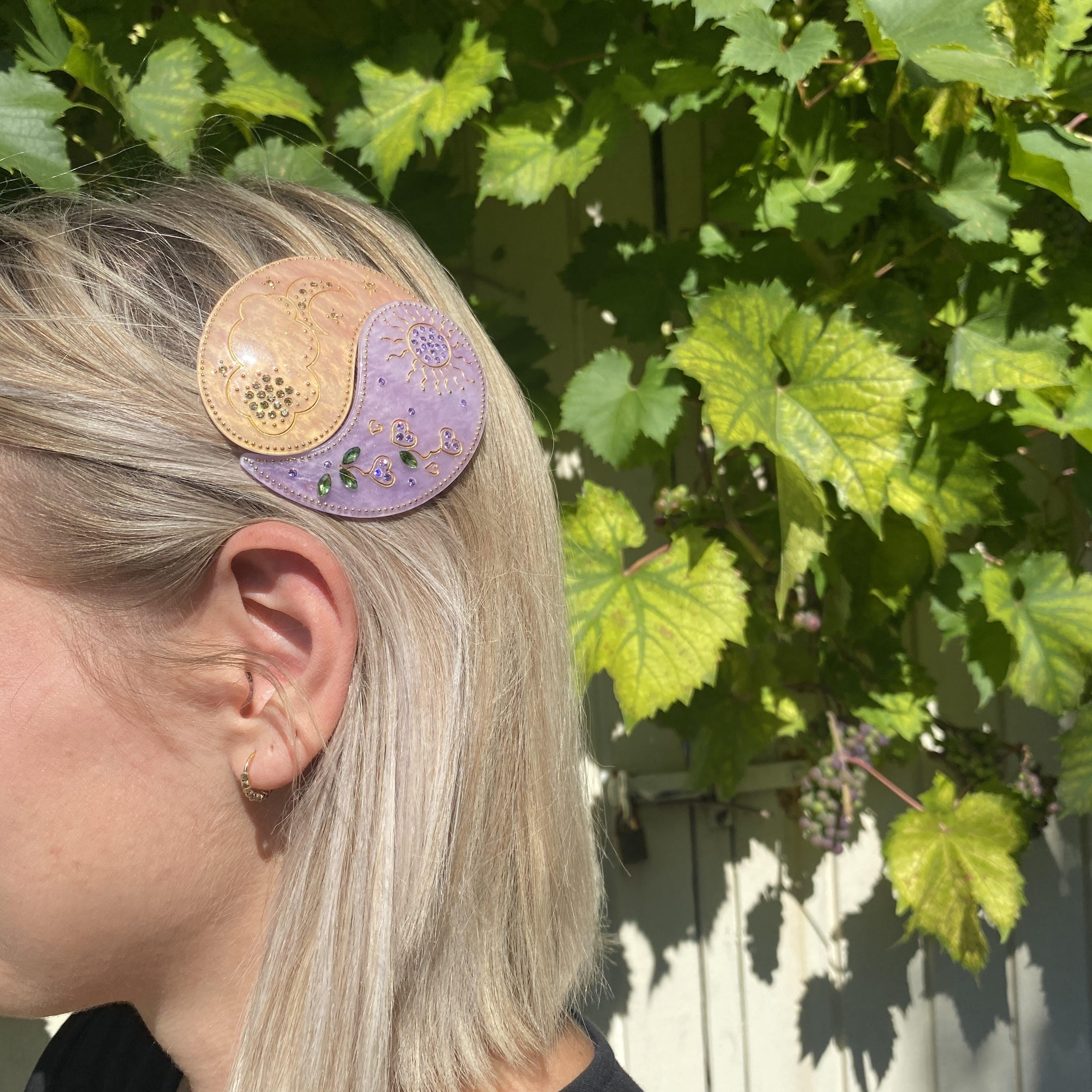 Yin Yang Hairclip Apricot and Purple