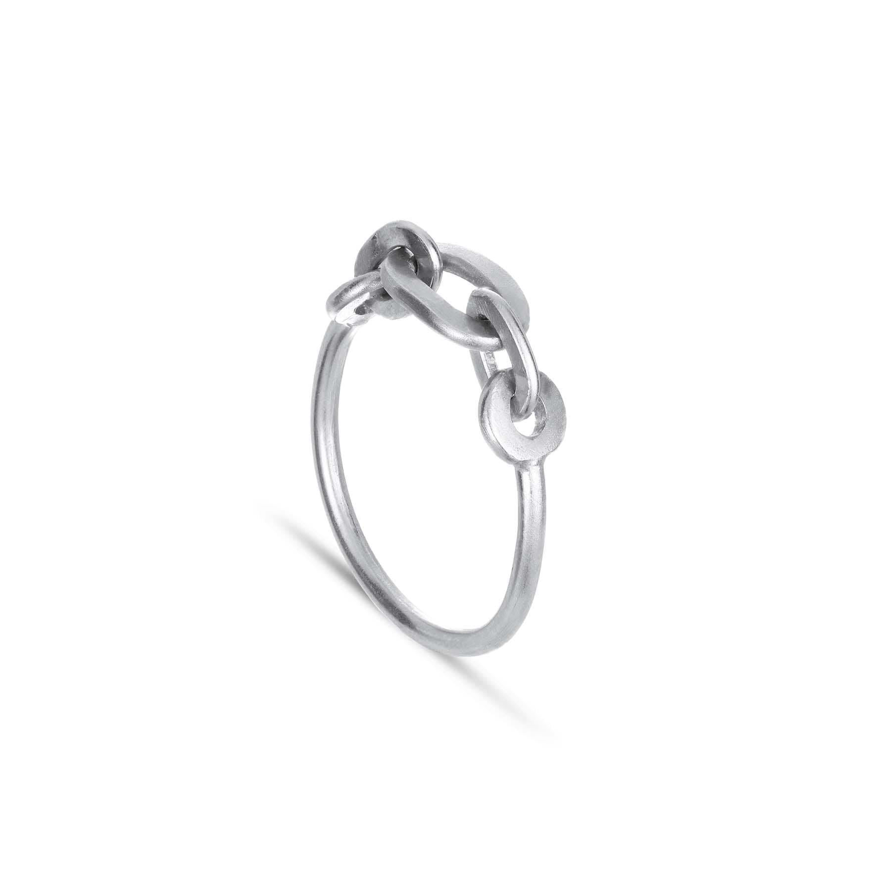 Row Chain Ring von Jane Kønig in Silber Sterling 925