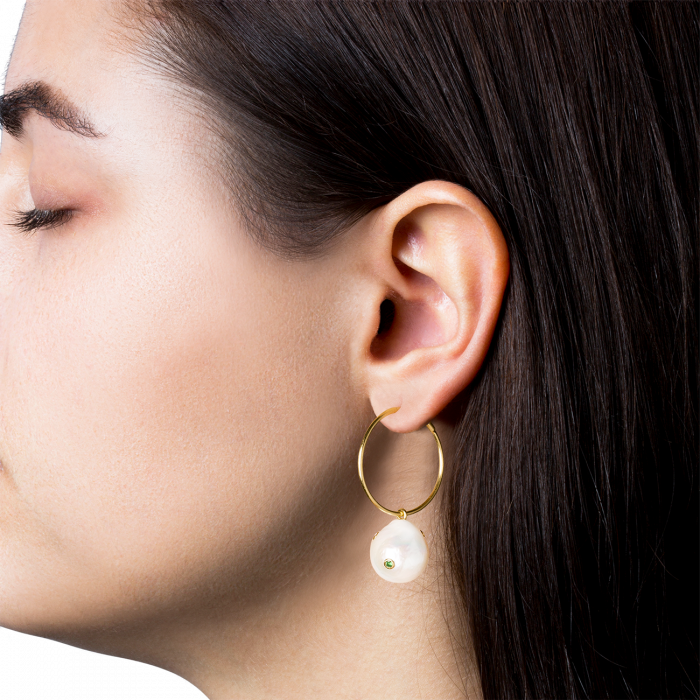 Baroque Pearl Earring fra Jane Kønig i Forgyldt-Sølv Sterling 925