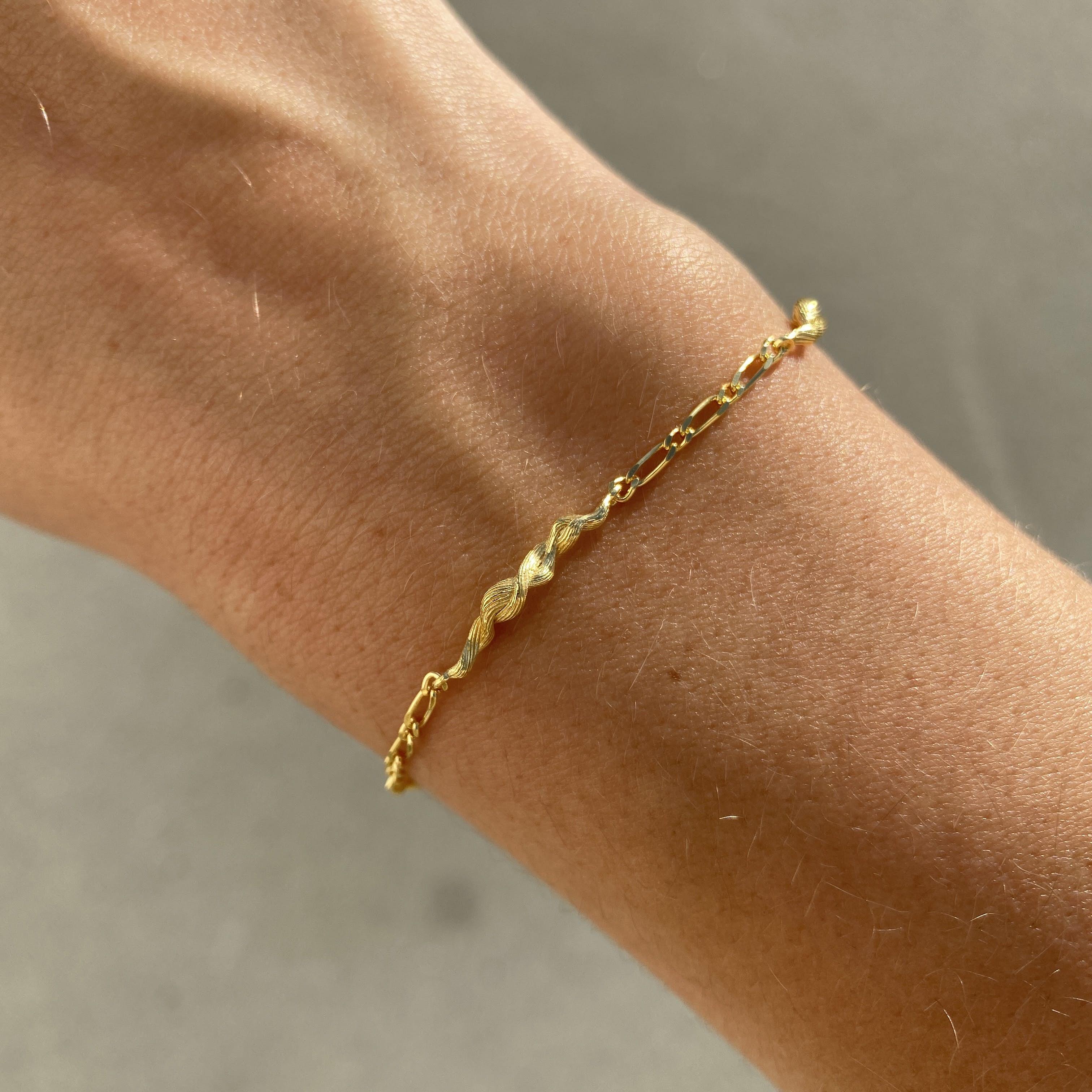 Ara Bracelet von Maanesten in Vergoldet-Silber Sterling 925