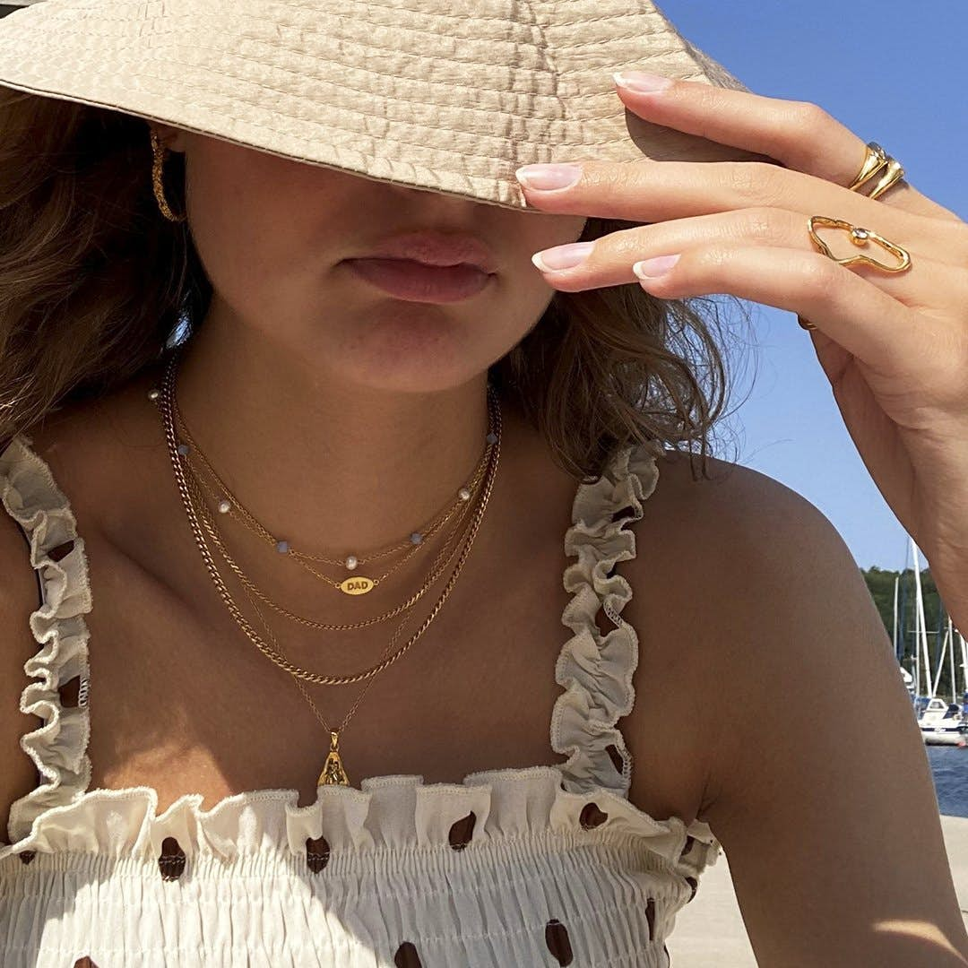 Fam Love Necklace from Sistie in Goldplated-Silver Sterling 925
