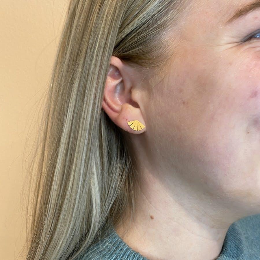 Dawn earsticks från Pernille Corydon i Silver Sterling 925